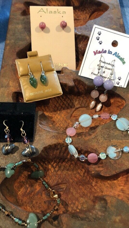 Native American Beaded Earrings Bracelets handmade Pearl Jade Hematite Bears AK