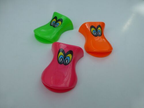 10 X  DUCK WHISTLES Kids Party Bags Fillers Toys