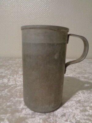GroßZüGig Ddr Alu / Aluminium Maß / Messbecher - 0,5 Liter - Vintage Weich Und Rutschhemmend