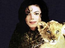 Michael Jackson UNSIGNED photo - E1011 - With lion cub!!!