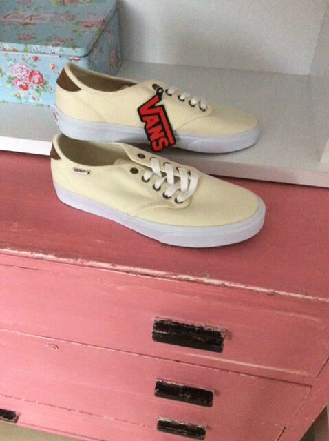 Vans, Camden Canvas Trainers, Cream, Size UK 8