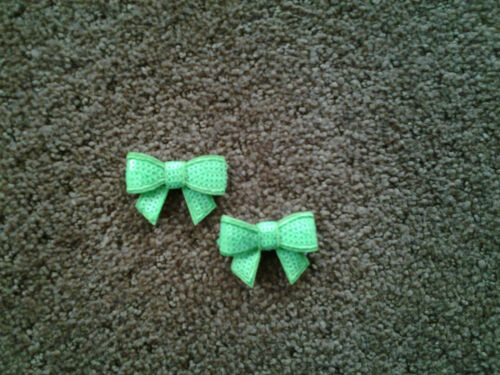 Bright Lime Green Sequin Embroidered Applique Patch Set Of 2 Bow