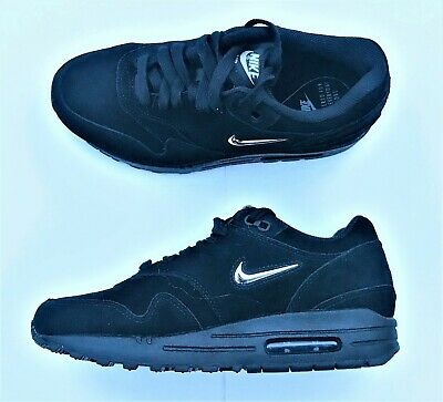 air max 1 all black suede