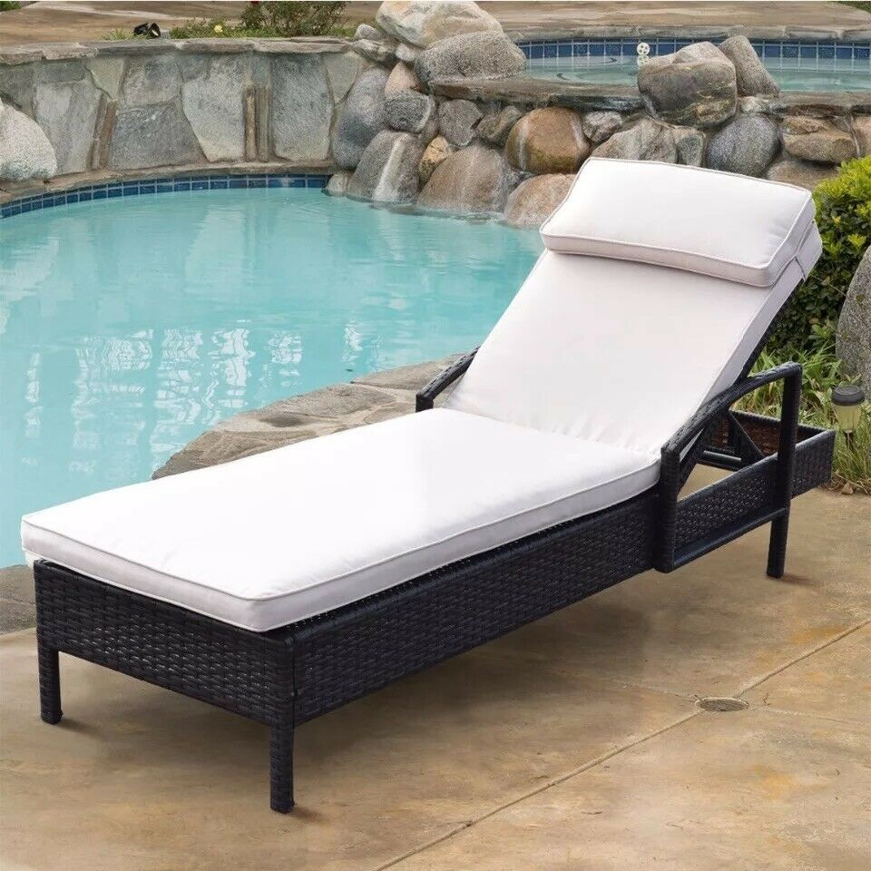 - Chaise Lounge Chair Brown Outdoor Wicker Rattan Couch Patio