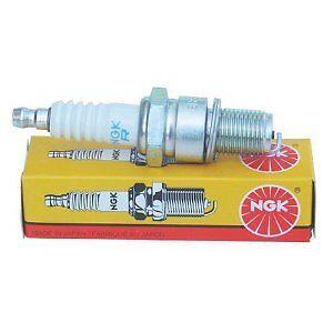 NGK 1111 B7ES Traditional Spark Plug Pack of 1 *New