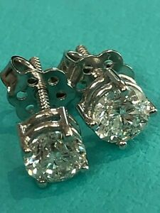 18 Carat White or Yellow Gold 1.0 Carats of Diamonds Ladies Stud Earrings