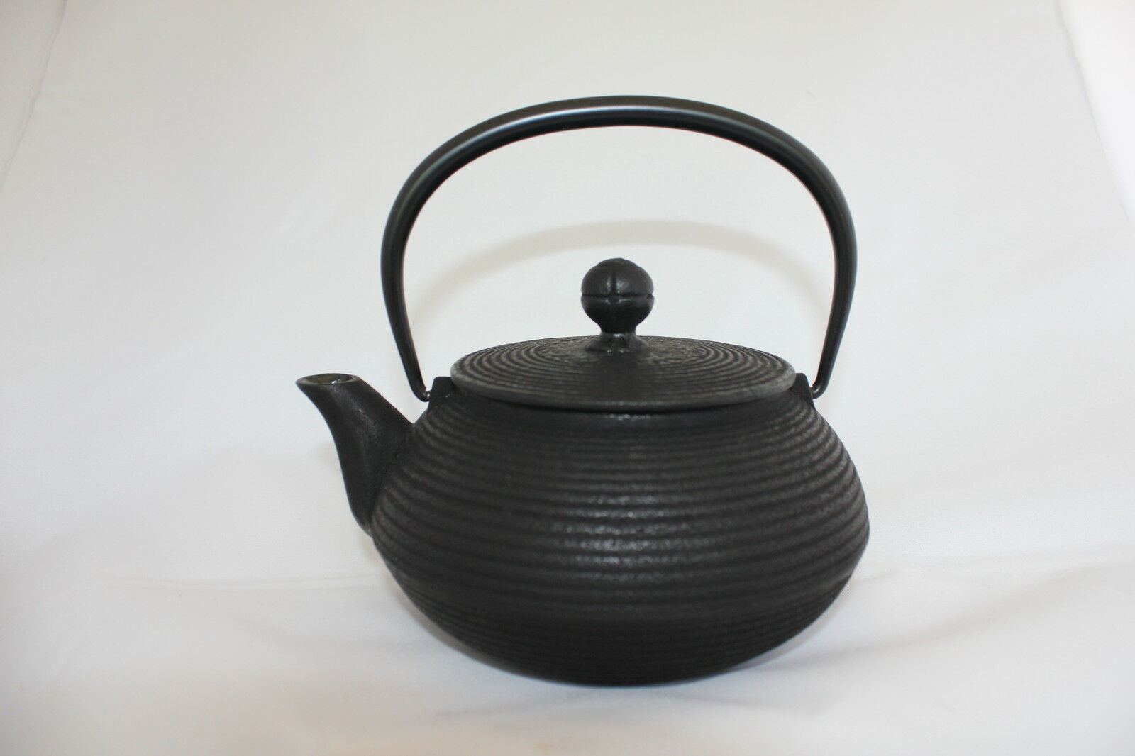 IWACHU Japonais Cast Iron théière senbiki (0.9 L)