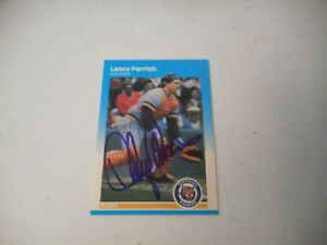 Lance Parrish Detroit Tigers1987 Fleer Autographed Baseball Card