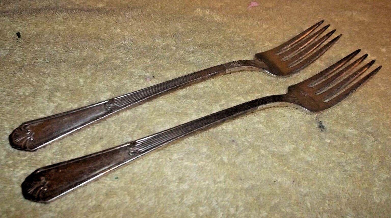 """Avalon//Cabin Dinner Fork Set of 4 Wm Rogers MFG Co Length 7 1//2/"""""""