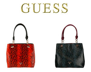 Bolso de hombro Guess estampado en relieve · Guess · Moda