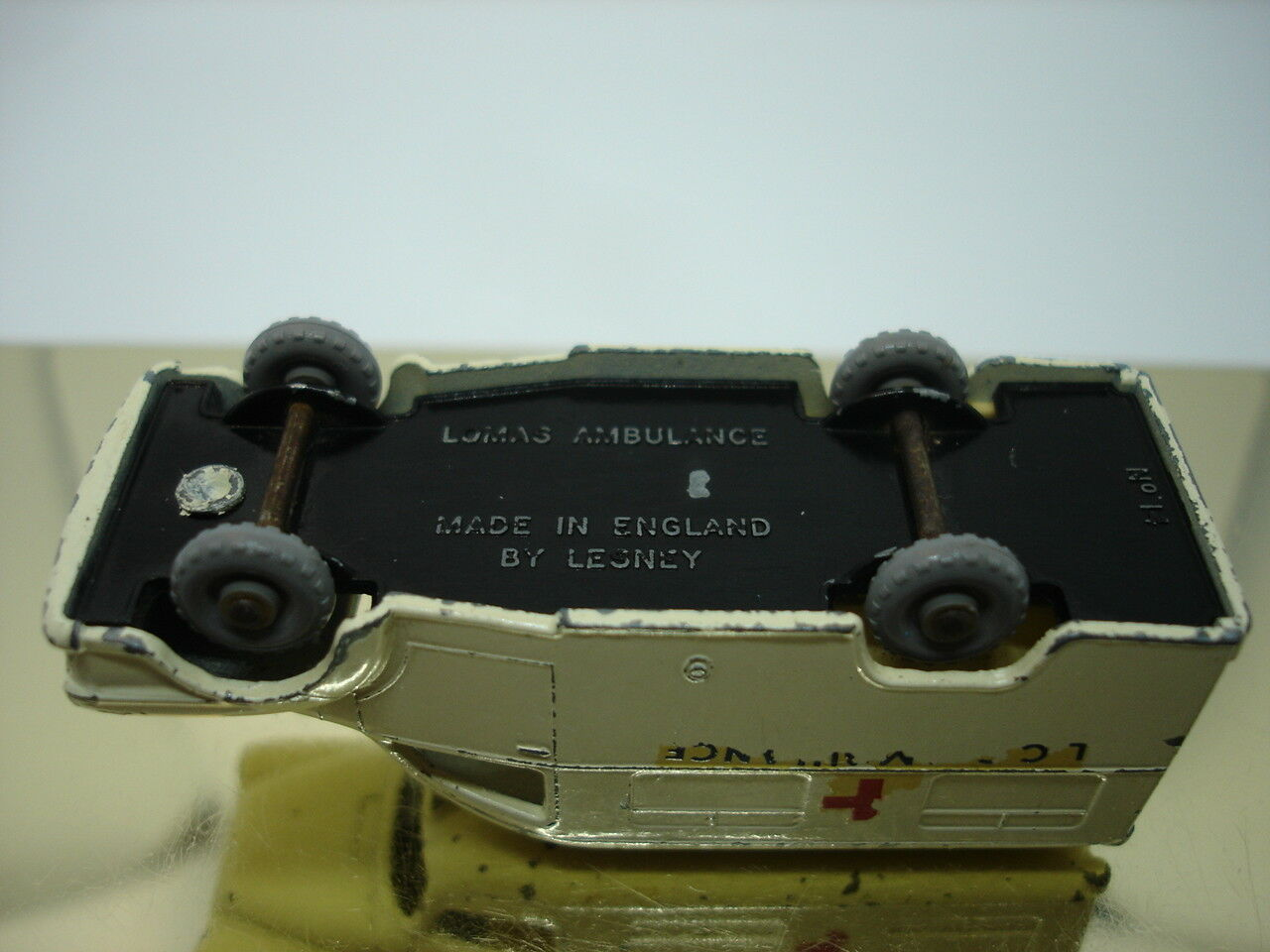 basta comprarlo MATCHscatola 1-75 1-75 1-75 Moko Lesney n. 14 C Lomas Ambulance 1962 67mm grigioepr  presa di fabbrica