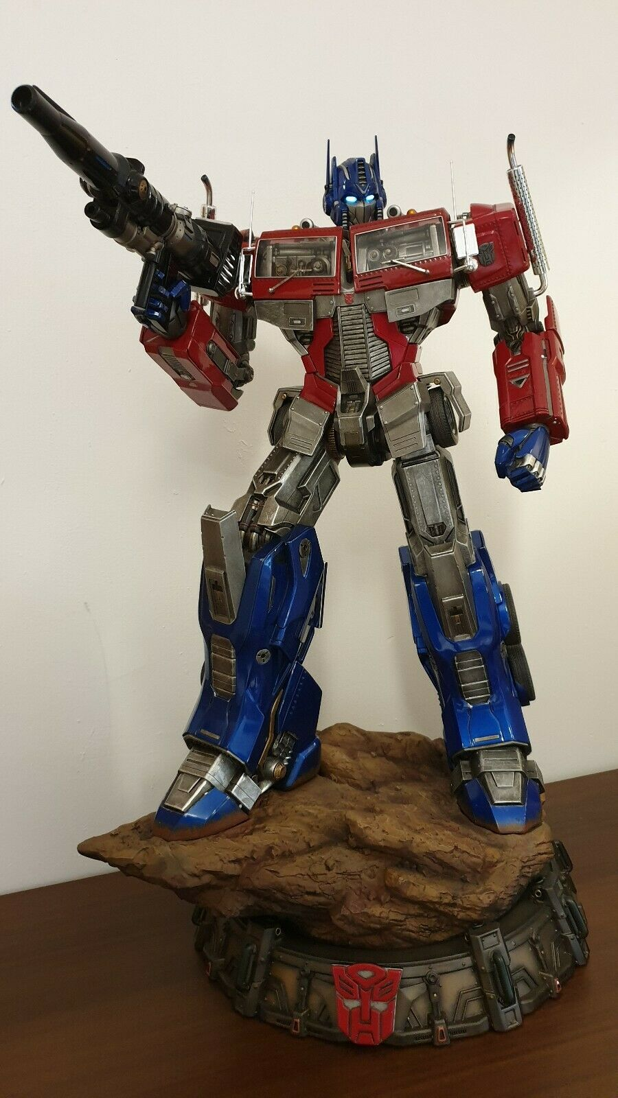 Optimus Transformers Generation 1 Statue Prime 1 Studio sideshow exclusive vers