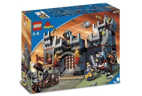 NEW Lego Duplo Knight's CASTLE 4777 Sealed Boys Girls Ships World Wide
