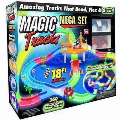 leuchtet im Dunklen Magic Tracks Rennbahn inkl Auto