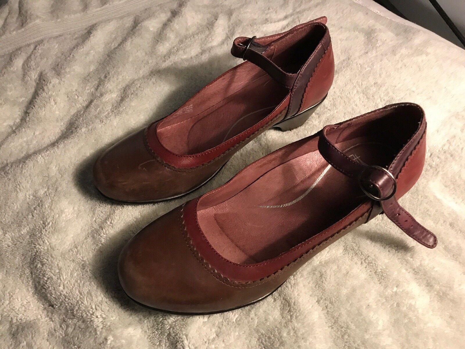 online economico Dansko Dansko Dansko donna Mary Jane Marrone scarpe 40 Dimensione 9 SC8  80% di sconto