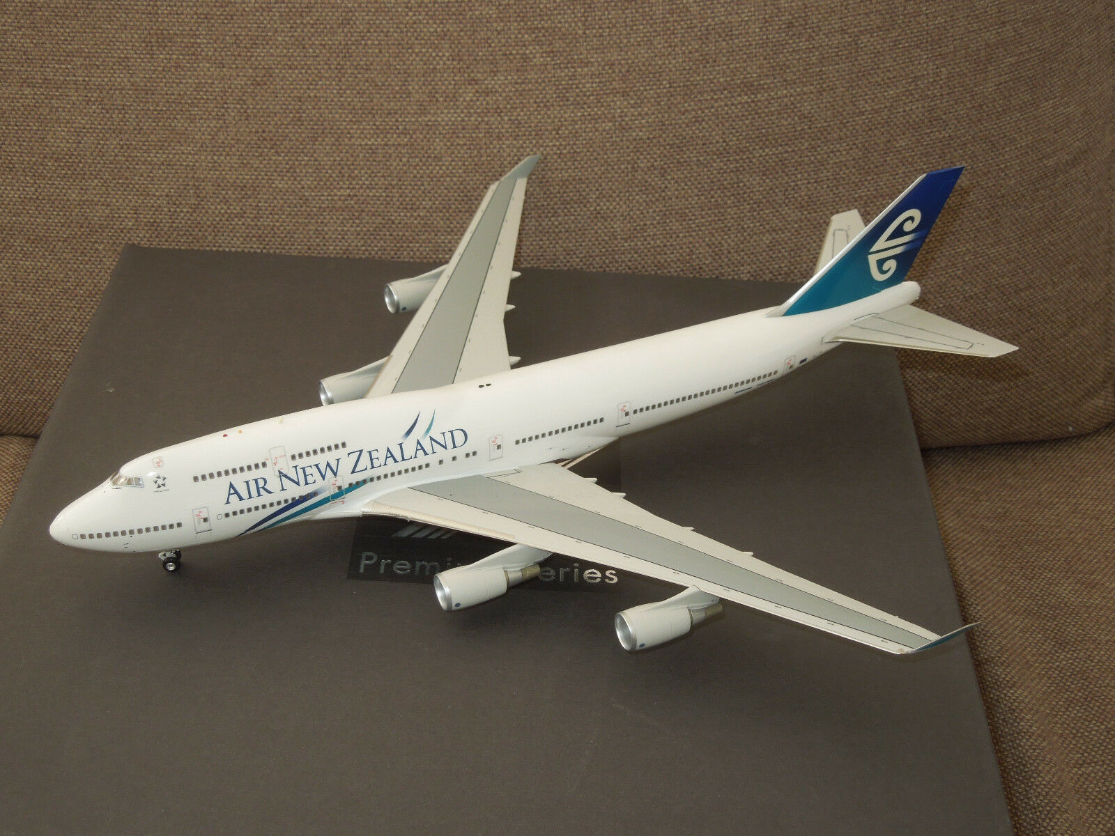 Herpa Premium series 1 200 Boeing 747-400 Air New Zealand