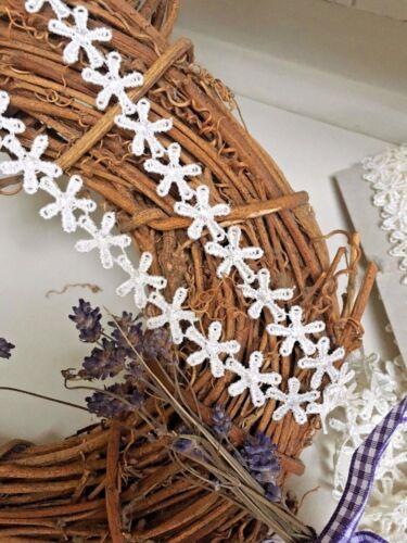 "15mm//5//8/"" Pretty Ivory Cream Flower Chain Guipure Lace Trim *FREE 1ST CLASS*"