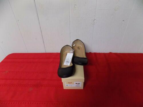9 1//2 Mossimo Women/'s Ona Round Toe Slip On Ballet Flats Black