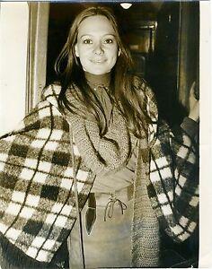 FRANCESCA-ANNIS-Vintage-Original-Photo-Early-1970-Candid-LADY-MACBETH-Portrait