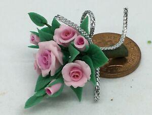 1-12-Echelle-Bouquet-De-Rose-Tumdee-Maison-Poupees-Miniature-Fleur-Anniversaire