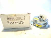 In Box Armstrong/tridelta 38094b004 Fs6502-795 Pressure Switch