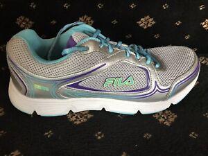 d18a417d6d NEW IN BOX Fila Soar 2 Ladies Running Shoe Blue/Silver Size 11 ...