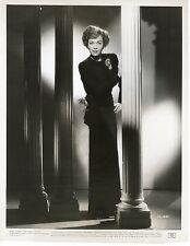 JANE WYMAN – FALCON CREST STAR – ORIGINAL, 1947 WARNER BROS. PHOTO w/snipe