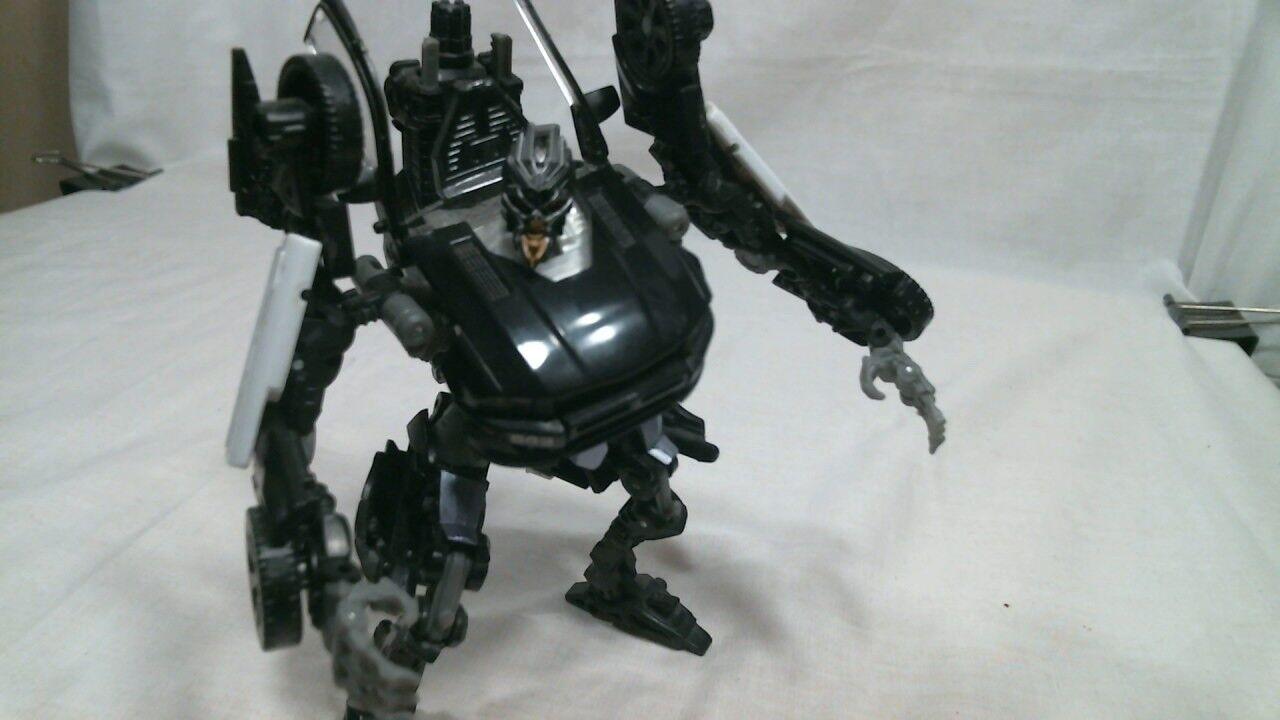 Hasbro Transformers 2011 Dark of the Moon Deluxe Class Barricade Barricade Class (Complete) 809b83