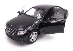 Mercedes-Benz-Classe-E-Modele-Auto-Produit-sous-Licence-1-3-4-1-3-9-Divers