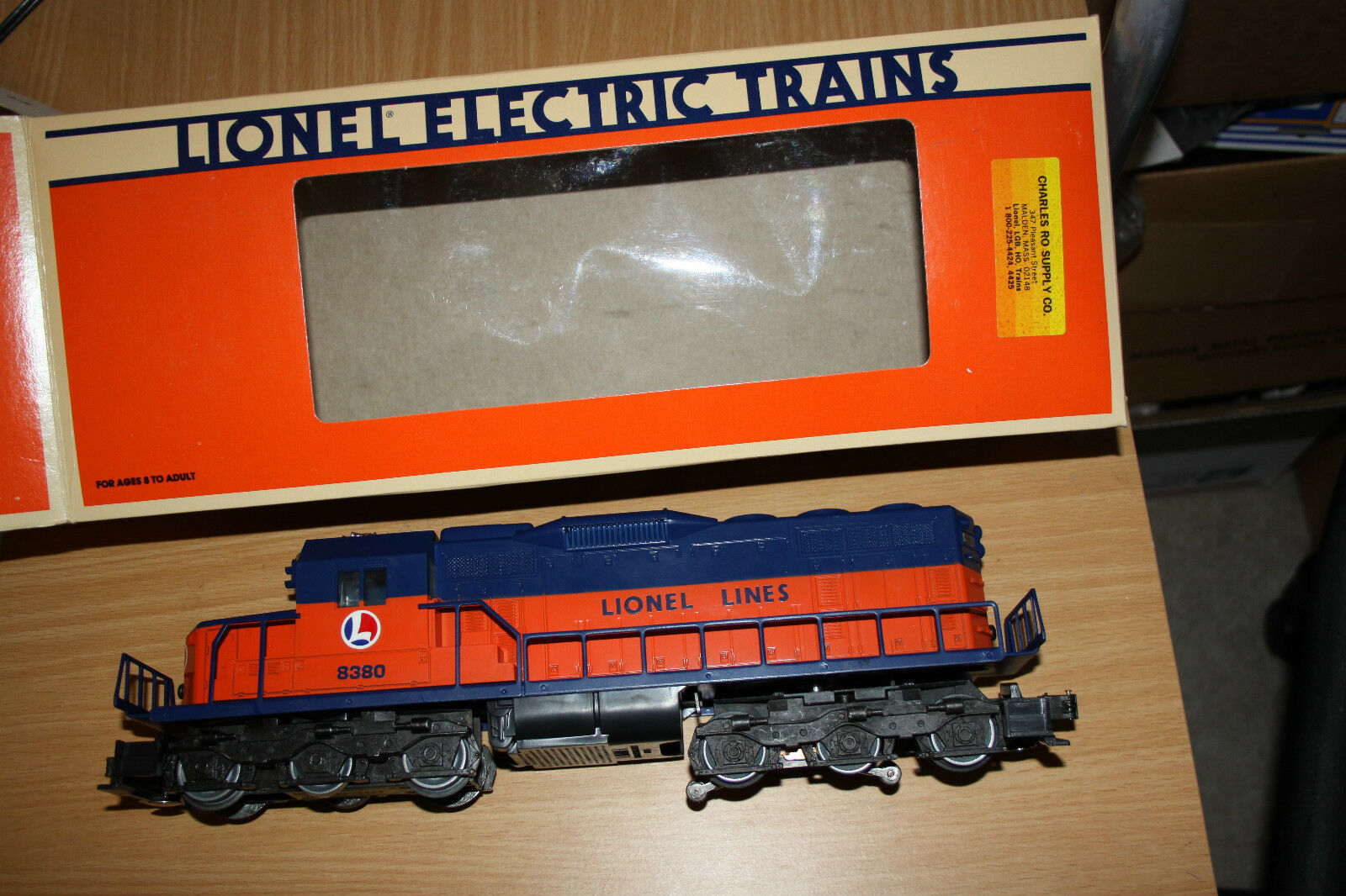 Lionel O gauge diesel SD-28 Flat top brand New mint Lionel Lines