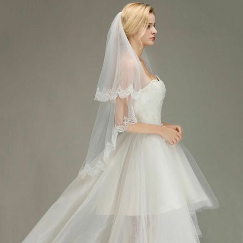 Lace Edge Short Wedding Veils With Comb For Women Two-Layers Fingertip Veil Wear