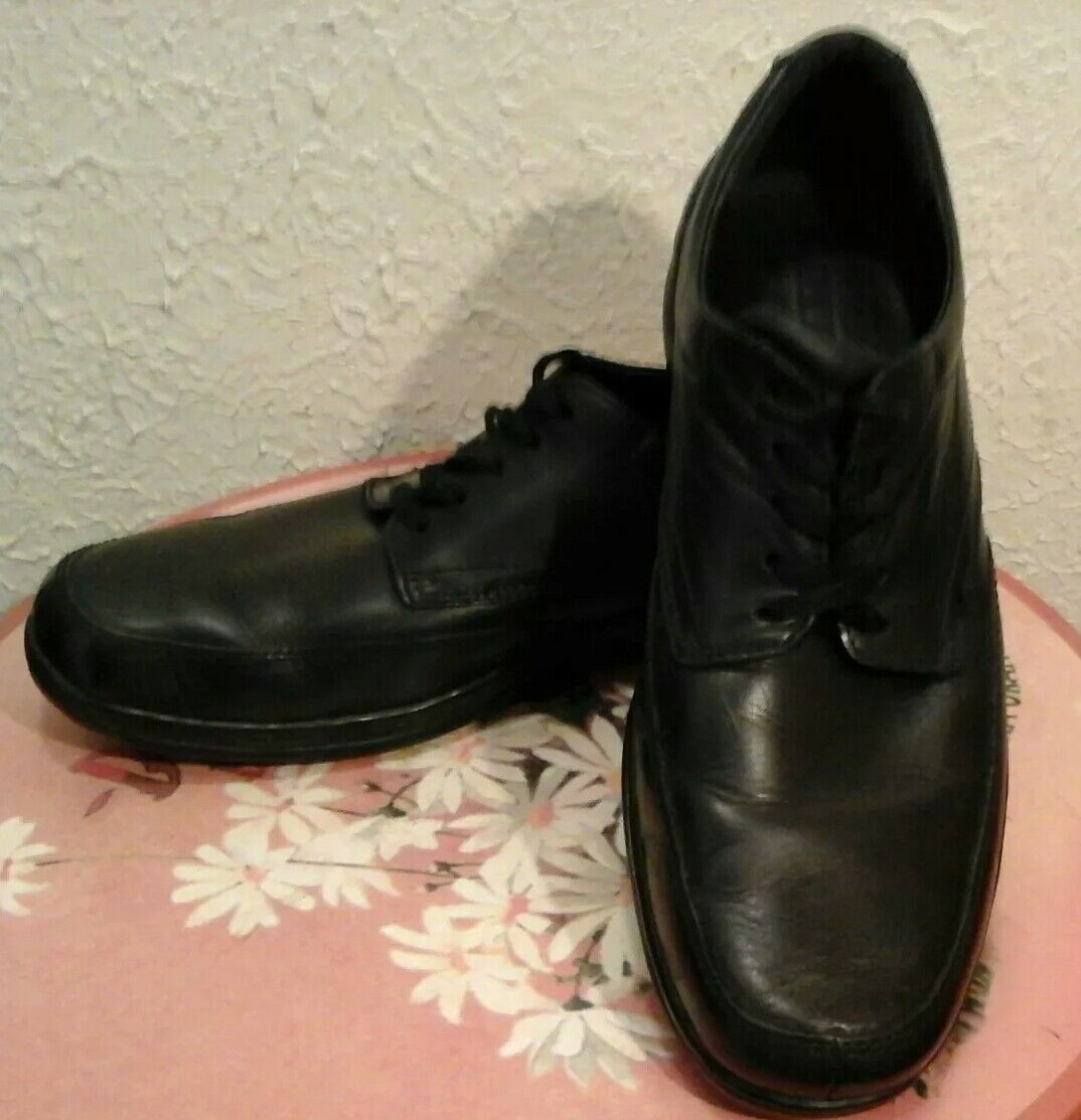 B0RN UP MEN'S Schuhe BLACK LACE UP B0RN LEATHER SIZE 10/44 M-W PRE OWNED 9ecaf0