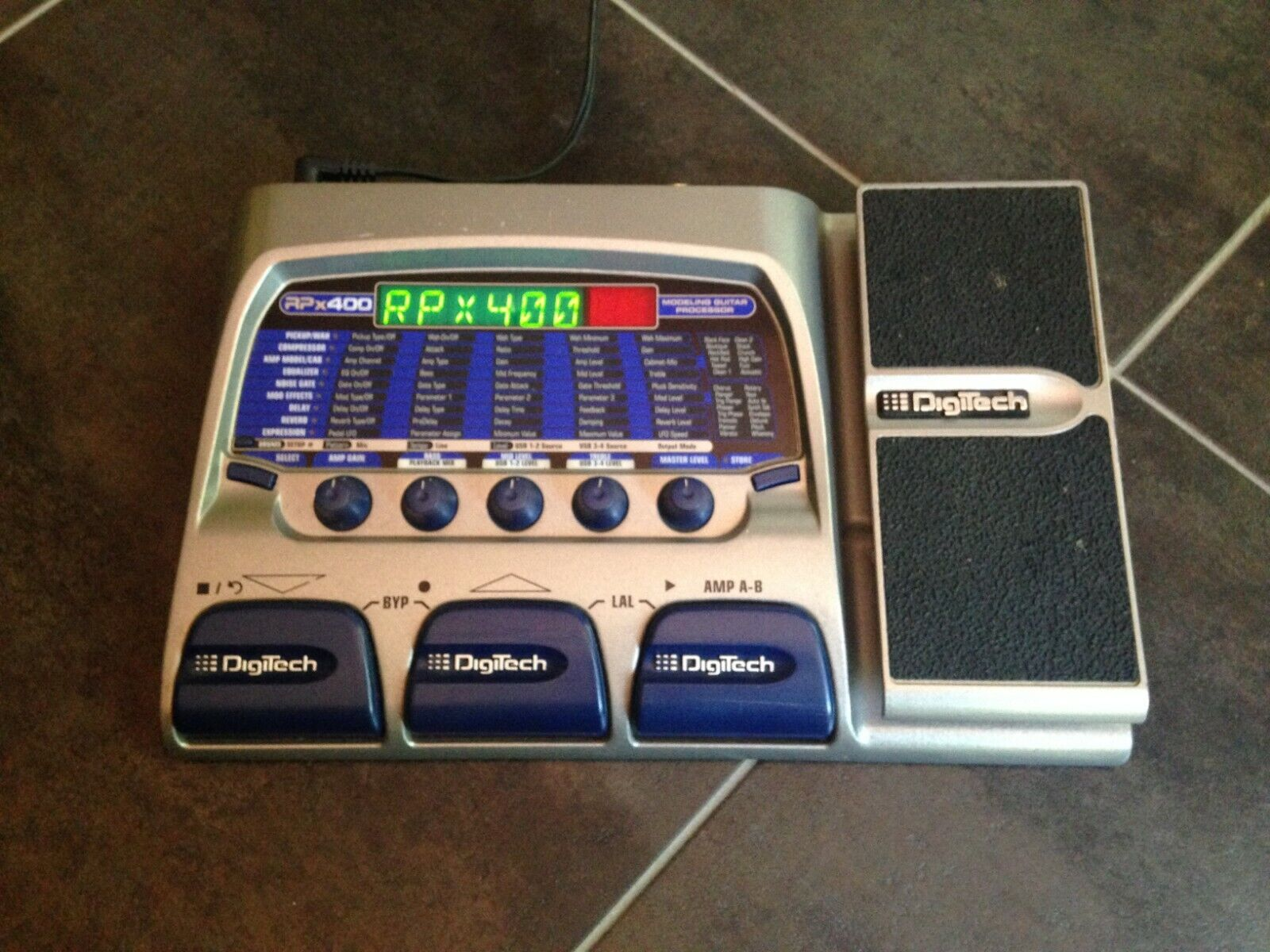 Digitech Rpx400 - Multi-Effects Modeling Guitar Processor by Harman Music Group
