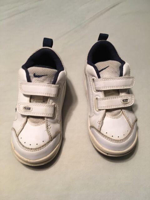 Nike Velcro white Sneaker Tennis Shoes Toddler Boy Size 8 C