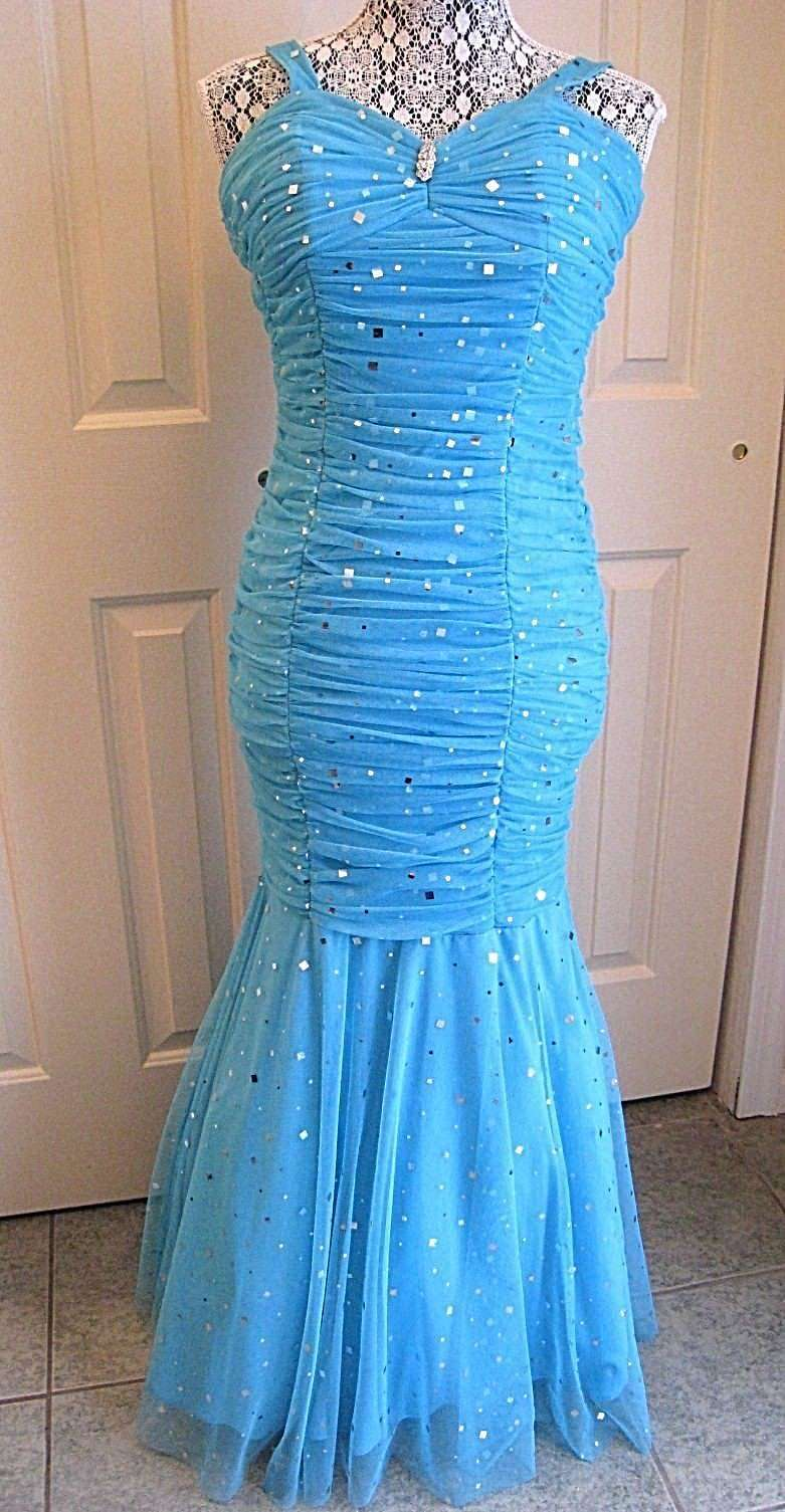 HAILEY LOGAN BY ADRIANNA PAPELL TUQUOISE MERMAID PROM FORMAL LONG DRESS SIZE 5 6