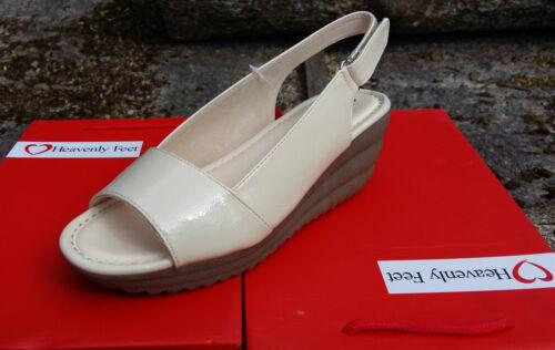 Ladies Heavenly Feet Sam Patent Wedge Sling Back Sandals