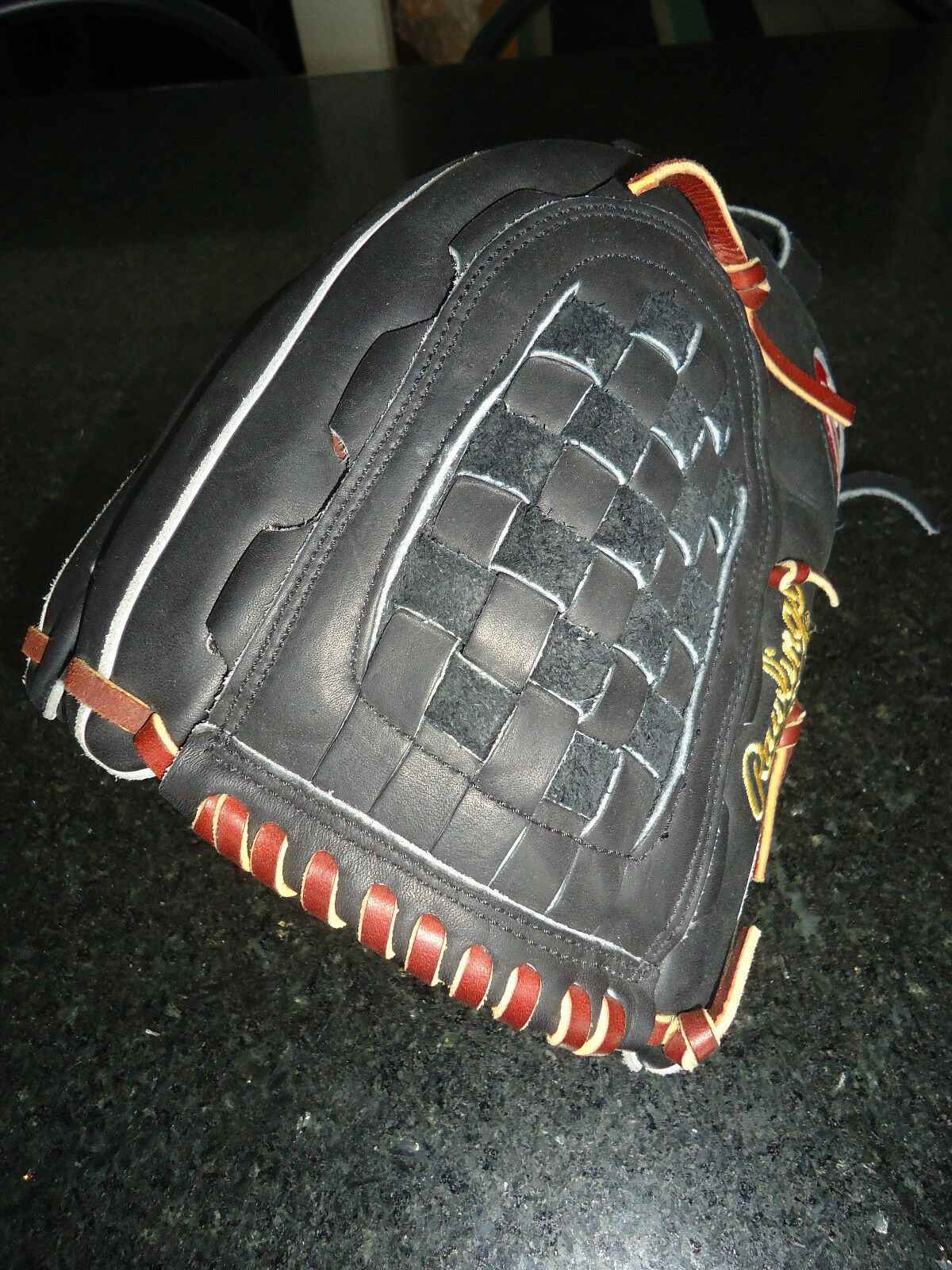 RAWLINGS HEART OF THE HIDE (HOH) PRO130SB SOFTBALL GLOVE 13