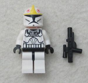 LEGO-STAR-WARS-YELLOW-CLONE-PILOT-MINIFIG-figure-storm-trooper-minifigure-toy
