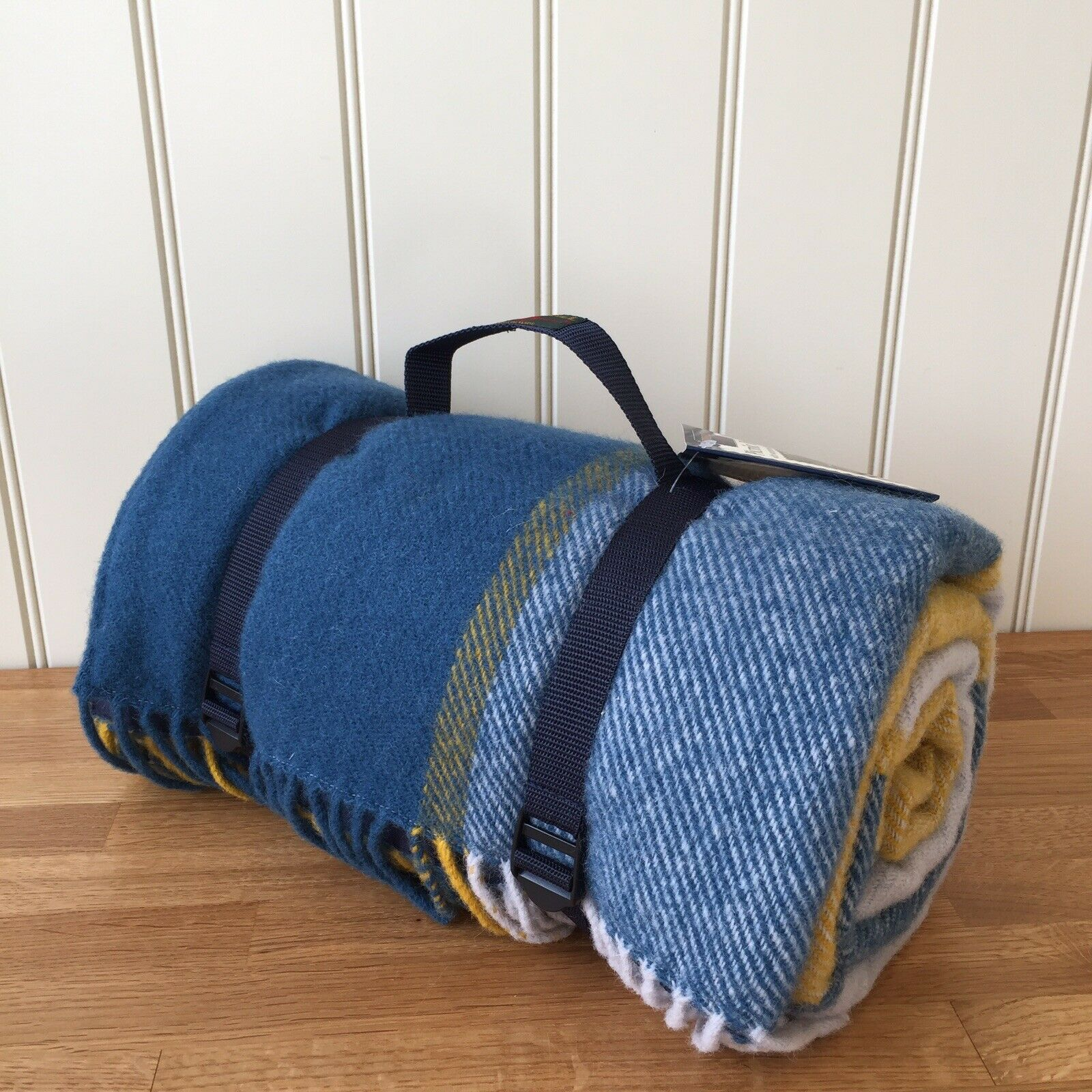 Tweedmill Picnic Rug With Waterproof