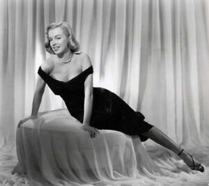 Image result for marilyn monroe wearing black dress
