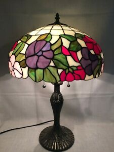 Vintage-Tiffany-Style-Stain-Slag-Glass-Lamp-amp-Shade-Dbl-Lite-Bronzed-Base-14Dx24