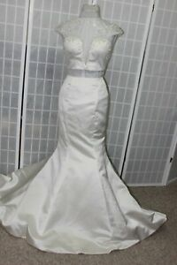 NWT Size 2 Sherri Hill 51146 Ivory two piece fit n flair long beaded formal gown
