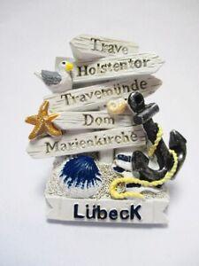 Magnet-Luebeck-Wegweiser-Holstentor-Anker-Moewe-Souvenir-Poly-Germany