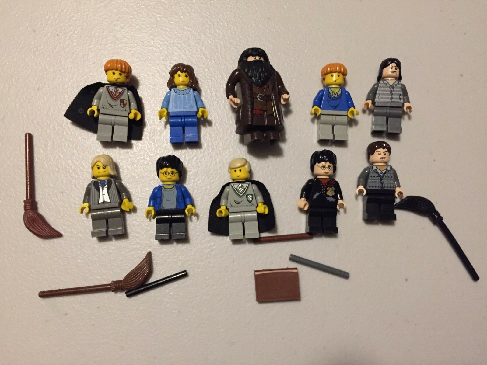 LEGO Harry Potter MINIFIG LOT of 10 MINIFIGS Ron Hagrid Draco Lot w496m