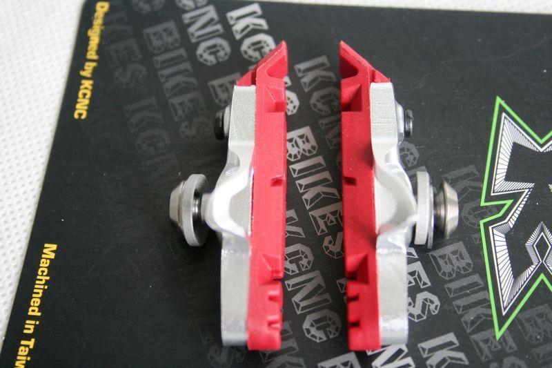 New KCNC CB1 Cartridge Road Brake shoes & Pads 1 Pair Siver color