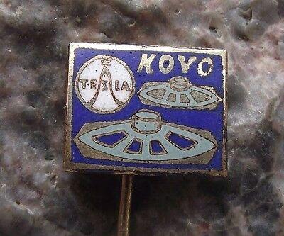 1950's Tesla Kovo Loudspeaker Musical Speaker Systems Equipment Pin Badge