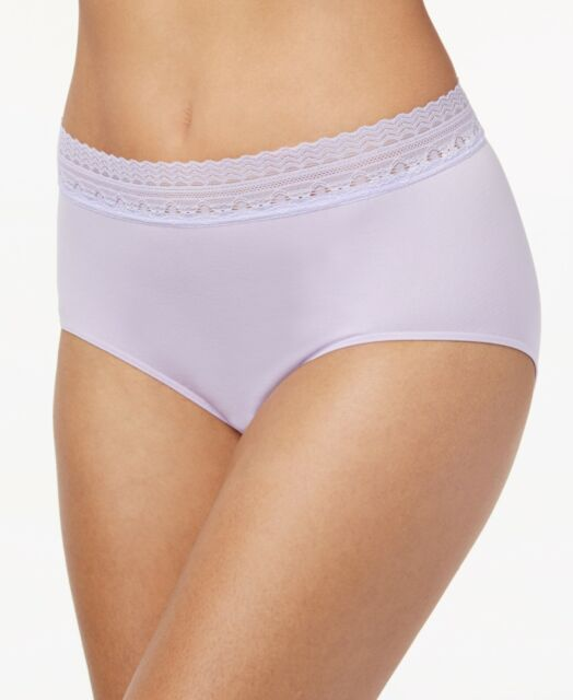 NWT  BALI LACE ACCENT COMFORT REVOLUTION  SMOOTH BRIEF  #803J SIZE 8//9 LAVENDER