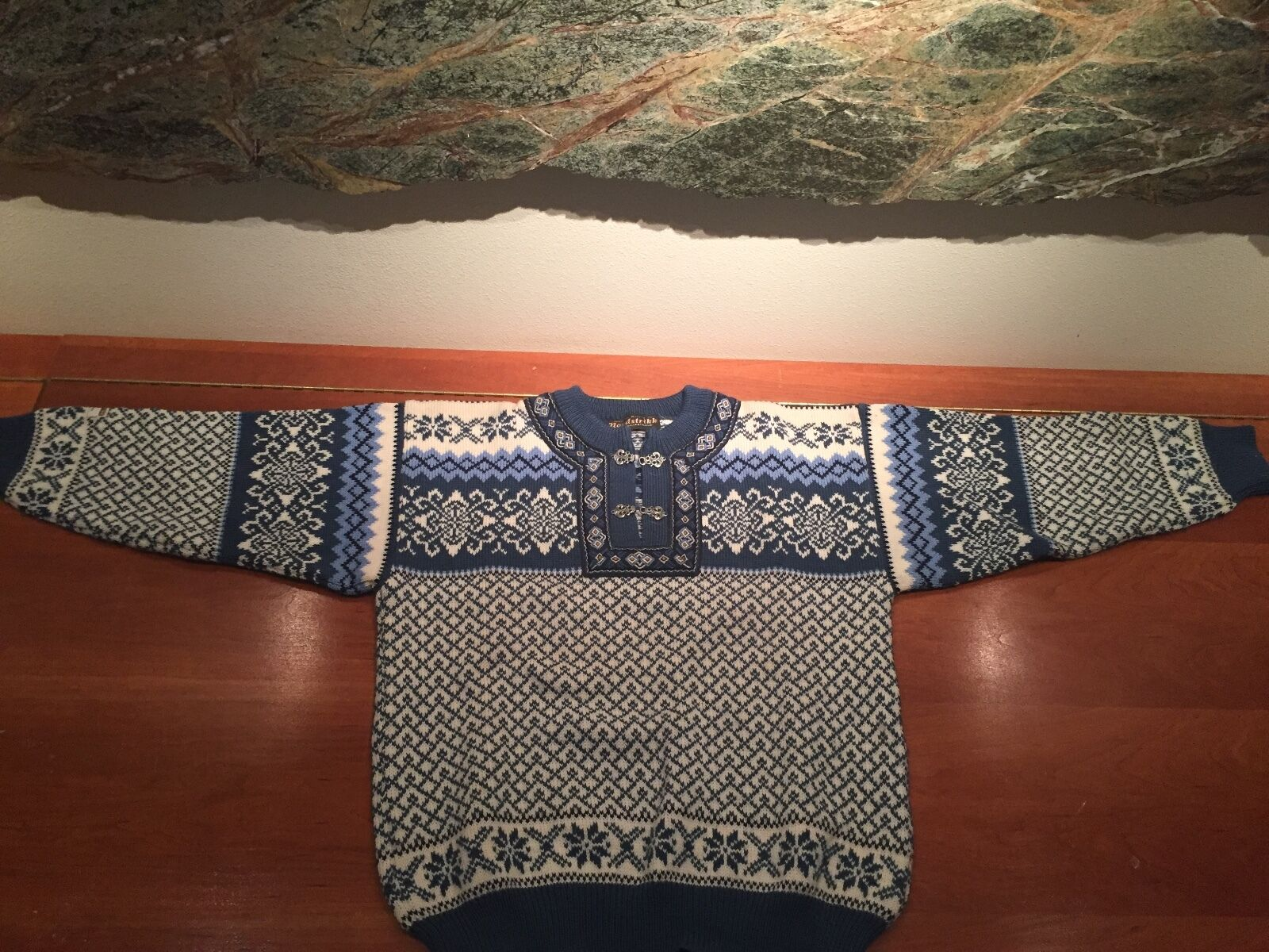 Nordstrikk Nordic Fair Isle Wool Sweater with two two two Metal Clasps 5d6a2a