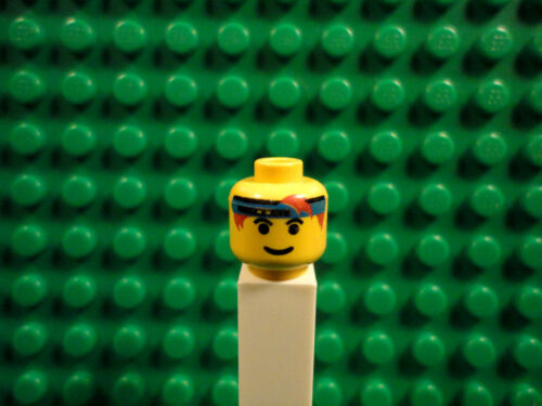 Lego mini figure 1 Yellow head with a face and a blue hand band #59
