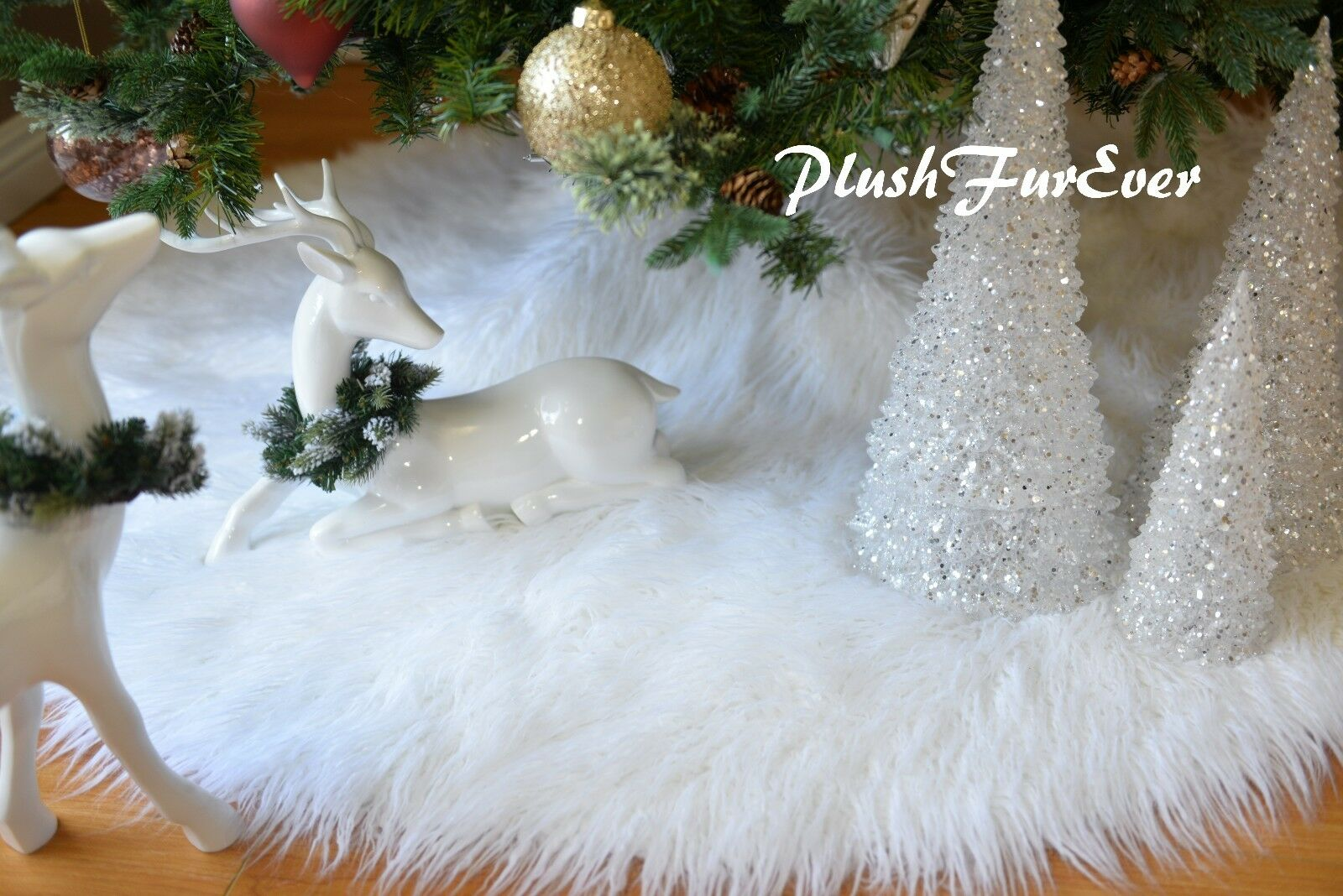 Mongolian Mongolian Mongolian Sheepskins Christmas Faux Fur Tree Skirt Snow bianca  Round Tree Skirt 785c6d